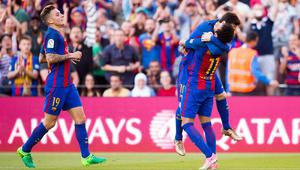 برشلونة يتجاوز عقبة فياريال بسهولة وينتظر هدية من غرناطة