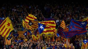 برشلونة يعلن دعمه للمطالبين بانفصال كتالونيا عن إسبانيا