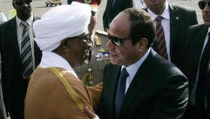 البشير ينهي أزمة احتجاز 101 صياد مصري بالسودان لـ4 شهور