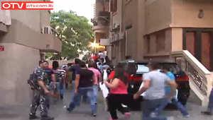 """انقسام في لبنان بعد اقتحام مجموعة لمكاتب قناة """"الجزيرة"""" بدعوى """"إهانة"""" الجيش اللبناني"""