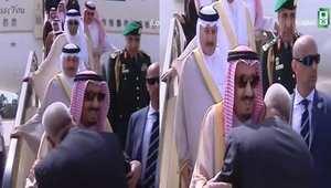 طريقة سلام بنكيران على العاهل السعودي تثير ضجة بين رواد فيسبوك بالمغرب