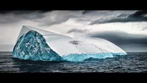 لقطات بعدسة مصور عالمي توثق جمال القارة القطبية المتجمدة الأنتارتيكا