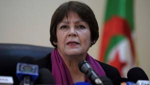 وزارة التربية الجزائرية تحدّد موعد إعادة امتحانات البكالوريا إثر تسريبها في فيسبوك