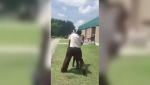 عراك عنيف بين طالبات في مدرسة بأمريكا