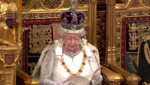 هل تعلم كم تبلغ ثروة ملكة بريطانيا؟