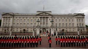"""بريطانيا: توقيف ضابط بشرطة لندن قام بـ""""تخزين ذخيرة"""" داخل قصر باكنغهام"""