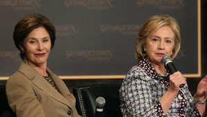 لورا بوش وهيلاري كلينتون سيدتا البيت الأبيض السابقتان