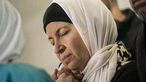 بالصور.. حزن يأسر قلوب عائلات ضحايا تشابل هيل ومعارفهم