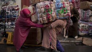 """وفاة مغربيتين في معبر سبتة بسبب تدافع """"التهريب المعيشي"""""""
