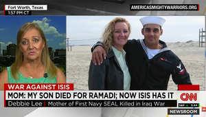 ردة فعل والدة جندي أمريكي قتل سابقا في الرمادي: ابني نزف دمه بالمدينة والآن الرايات السود ترفرف فيها