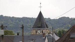 مصدر لشبكتنا: أحد منفذي الهجوم على الكنيسة بفرنسا حاول السفر إلى سوريا