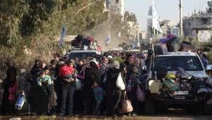 مجموعة من المدنيين تغادر حمص بين سيارات البعثة الدولية