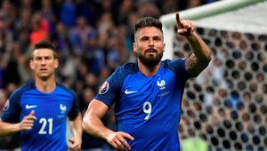 فرنسا تخمد بركان آيسلندا بخماسية وتواجه ألمانيا