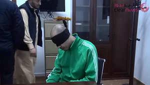 """بالفيديو.. """"إساءة معاملة"""" الساعدي نجل معمر القذافي.. ومسؤول ليبي لـCNN بالعربية: من ظهروا بالتسجيل كانوا بأفغانستان"""