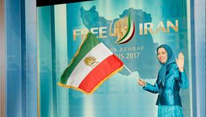 """رجوي بمؤتمر """"إيران حرة"""": نناضل لإسقاط ولاية الفقيه ولا نريد مالا أو سلاحا"""