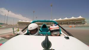 هل تريد قيادة سيارة فورمولا وان؟ مرسى ياس يحقق الحلم
