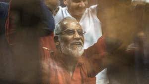 """مصر.. المشدد 10 سنوات لبديع والبلتاجي وحجازي بـ""""أحداث السويس"""""""