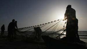"""هل يمتد """"نزاع حلايب"""" إلى الصيد بالمياه الإقليمية؟"""
