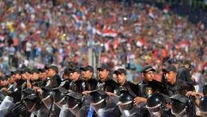 عدد من الجماهير المصرية خلال إحدى المباريات
