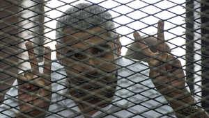 """أمل كلوني تناشد القاهرة إطلاق سراح فهمي """"مؤقتاً"""" وتطالب """"الجزيرة"""" بعدم الإضرار بقضيته"""