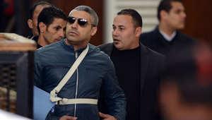 """مصر.. الإفراج عن آخر صحفيين لــ""""الجزيرة"""" بانتظار إعادة محاكمتهما بقضية """"خلية الماريوت"""""""