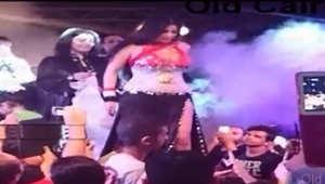 """الحبس 6 شهور وغرامة مالية للراقصة صافيناز بقضية """"إهانة علم مصر"""""""