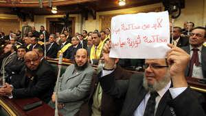 """السيسي يرفض تأجيل الانتخابات ويقلل المخاوف من تسلل """"الإخوان"""" لبرلمان مصر"""