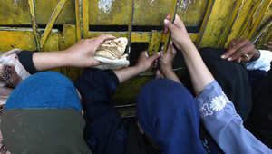 """مصر.. الحكومة تلجأ لـ""""سيف"""" الضرائب.. والفقراء خارج معادلة الإنقاذ"""