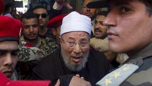 """اتحاد علماء المسلمين: أحكام السجن لصحفيي الجزيرة بمصر """"سياسية صادمة"""""""