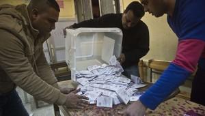 عملية فرز أصوات الاستفتاء