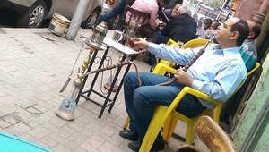 صورة لشبيه الرئيس عبدالفتاح السيسي بمقهى بمصر تثير ضجة
