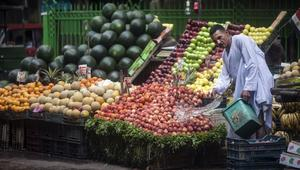 تقرير يتفاءل بتحسن مشروط لاقتصاد مصر وتونس