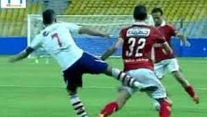 """""""شلوت القمة"""" يتسبب بإيقاف حازم إمام 3 مباريات"""