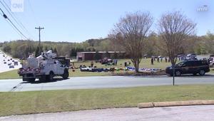 إصابة 5 أطفال في قذف رياح قوية لبيتين مطاطيين