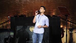 """محمد عساف يغني """"للإنسانية"""" في الأمم المتحدة"""