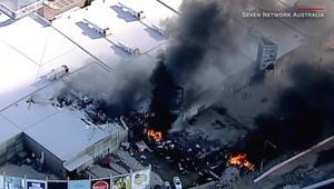 قتلى باصطدام طائرة بمركز تجاري في استراليا