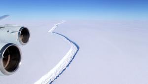 جبل جليدي ضخم ينفصل عن القارة القطبية الجنوبية