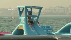 دبي تفتتح أكبر حديقة مائية عائمة في العالم