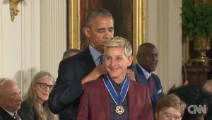 أوباما يمنح وسام الحرية لـ 21 شخصية