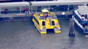 إصابة 30 راكبا بجروح باصطدام تاكسي مائي برصيف
