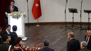 إردوغان: ما هذه الوقاحة؟ نقيب المحامين يرد: لست جريئا لأتهم الناس بالوقاحة