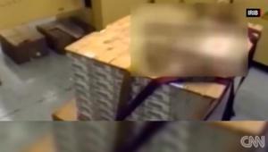 التلفزيون الإيراني ينشر فيديو لرزم أموال زاعما أنها فدية قدمتها أمريكا مقابل إطلاق سراح سجناء