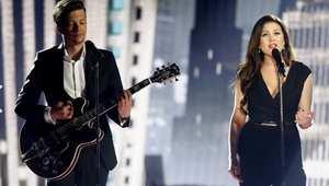 """الثنائي ستيغ راستا وإلينا بورن من إستونيا أديا أغنية """"غودباي تو يسترديه"""""""