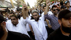 صورة أرشيفية لفضل شاكر خلال مشاركته في مظاهرة بصيدا