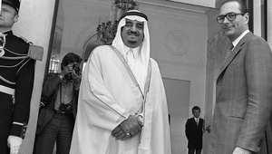 الملك السعودي الراحل فهد بن عبد العزيز إلى جانب رئيس الوزراء الفرنسي وقتها جاك شيراك