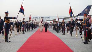 شخصيات دينية واستخباراتية واقتصادية ترافق ولي عهد السعودية بمصر