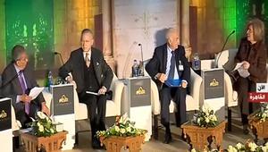 """تداول فيديو """"همس"""" عمرو موسى لمشيرة خطاب: كويس إنك سقطتي في اليونسكو"""