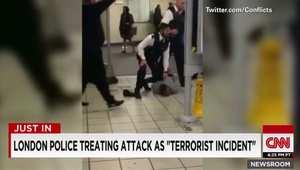 الشرطة البريطانية: طعن 3 أشخاص بهجوم إرهابي في محطة للميترو شرق لندن