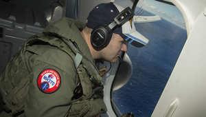 طائرة  أمريكية في مهمة بحث عن الطائرة الماليزية فوق المحيط الهندي