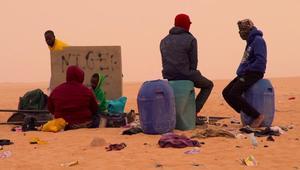 هكذا يترك المهاجرون الحالمون بالوصول إلى أوروبا للموت في الصحراء